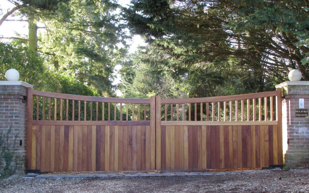 Picture Perfect Wooden Gates in a Heavenly Hampshire Setting.